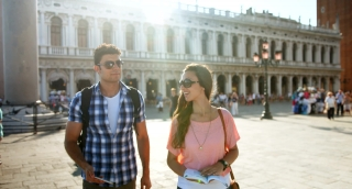 Travel Italy Venice Romantic Couple Tourists Looking Directions Map Technology