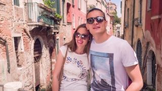 Happy Couple Sightseeing Buildings Summer Vacation Honeymoon Love Casual Sunglasses Destination Romantic Venice Boat Transportation Famous