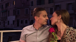 Couple Kissing Honeymoon Traveling Italy Canal Boat Famous Destination Love Rose Romantic Water Attraction Transportation Affectionate