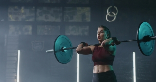 Confident Athletic Young Woman Doing Overhead Squat With Barbell Fitness Center Healthy Lifestyle Determination Crossfit Focus Success Concept 4k