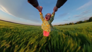 Father Spinning Young Daughter During Sunset Holiday Happy Family Childhood Dream 360 Vr Footage First Person 8k Slow Motion