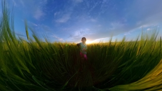 Father Holding Spinning Daughter Playing Outside Looking At Golden Sunset Nature And Exploration Happy Childhood 360 Vr Footage First Person 8k Slow Motion